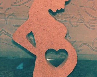 MDF freestanding mother to be in love