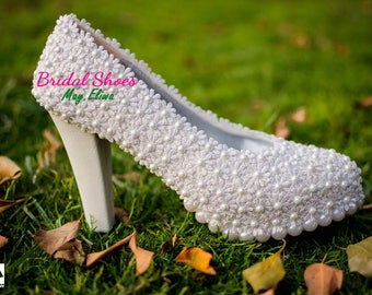 Flowery wedding shoes