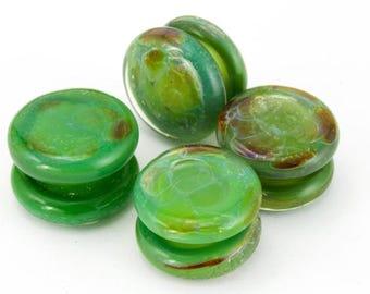 10mm Opaque Marbled Leaf Green Yoyo Bead #YOYO8