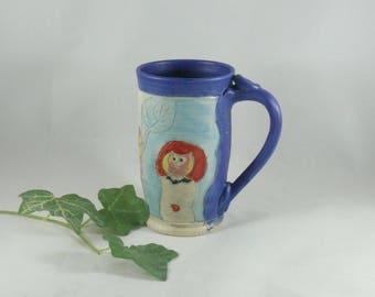 Wheel thrown Pottery Mug with owl and bee, 16 Ounces, Coffee cup, beer stein tankard, tea mug, bumblebee teacup, latte mug, daisy vessel 799