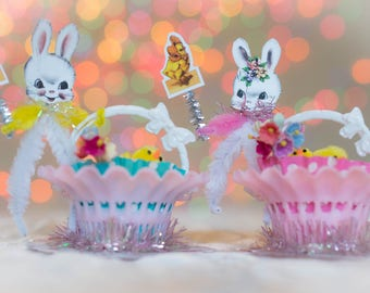 2 Vintage Retro Easter Bunny Rabbit Shabby Easter Spring Decoration Candy Cups Decor Gift