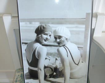 Print*Beach Cottage Bathing Beauties Vintage Style B*Framed Print*Beach Cottage fun at its best*Home Deco*Cottage Decor*Large 11 x 17 inches