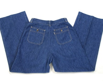 RARE 70s Levi's Flares / Vintage 1970 Bell Bottom Jeans / Wide Leg Chambray Denim Bellbottoms / High Waist Trousers / 29.5 W x 28 L