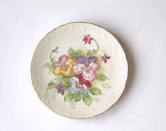 Lefton Plate, Vintage Hand Painted Flowers, Shabby Cottage Kitchen Wall Hanging