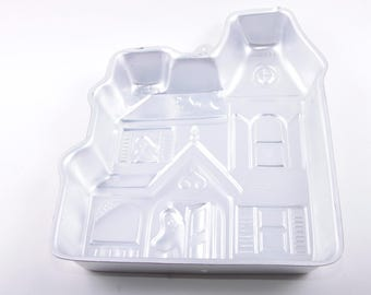 Vintage Cake Pan, Halloween, Haunted House, Cute, Ghost, Mold, Jellow, Tin ~ The Pink Room ~ 161215