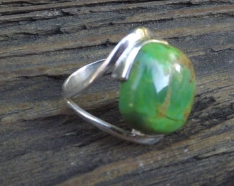Rare Australian Gaspeite sterling silver ring -size 9 -statement ring - large gemstone