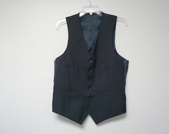 "NEW w/o TAG!!! dark gray pinstripe men's vest . 38"" bust"