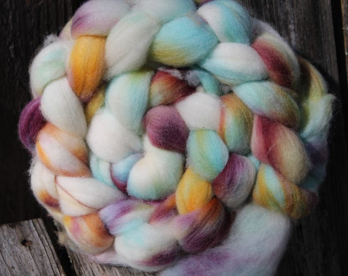 Kettle Dyed Falkland Wool Top.  Soft and easy to spin. 4oz  Braid. Spin. Felt. Roving. F150