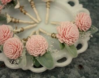 Blush pink boutonniere, Sola flower boutonniere, grooms boutonniere, sola wood flower bout, grooms flower, wedding ecoflower, pale pink