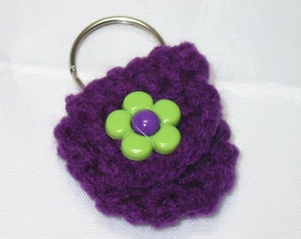 Crochet keychain Coin Cozy, coin holder, coin pouch, mini purse, coin purse, ring holder  -Dark purple with Green Flower
