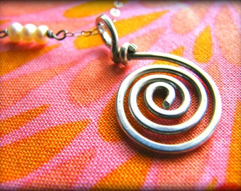 Spiral Ocean Necklace - Hawaii Maui Kauai Oahu Ocean - Inspired by Moana - Gift Birthday Daughter Wife Mother Mom Sister Cousin
