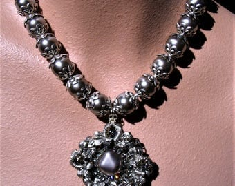 PLATINUM statement necklace
