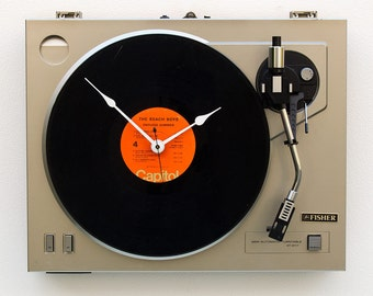 music lover gift, record player clock, Recycled Turntable Clock, steampunk christmas gift, vinyl christmas gift, LP clock