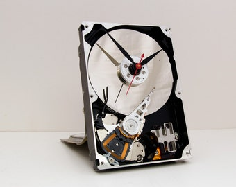Geek clock gift, hard drive clock, Computer parts clock,  upcycled, steampunk clock, geek lovers gift, Recycled Computer Hard Drive Clock,