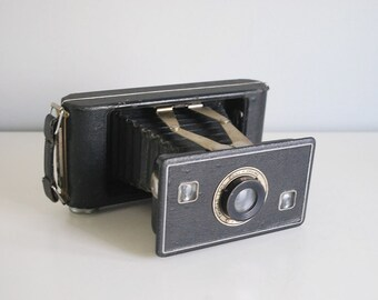 1940s Jiffy Kodak Six-16 (616) Series II, Medium Format Camera, Vintage Folding Camera, Black Bellows Photography, Industrial Man Cave Decor