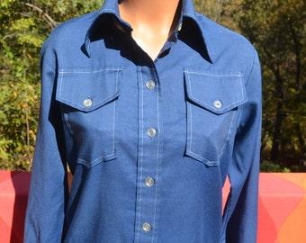 vintage 60s women's blouse lady WRANGLER western button down plain navy blue shirt Small 36 Medium preppy 70s