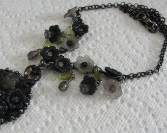 Black and Grey Flower Necklace