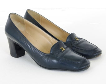 Gucci 1970's Authentic Vintage Navy Blue Gold Logo Women's Heels