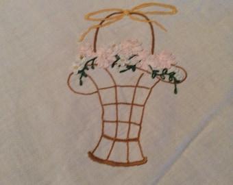 "Vintage Cotton Tablecloth Embroidered Flower Basket Corners Picot Edges 21"" X 42"" Tbl2"