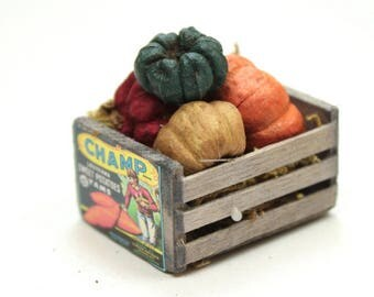 Pumpkin Crate- miniature railroad figurines diorama railroad accessory miniature Pumpkin Crate - 118-1006