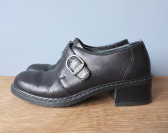 vintage buckle loafers 38 US 7.5 / black chunky heel womens oxfords / slip on shoes