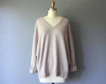vintage cashmere sweater / neutral cashmere sweater / v neck sweater / XL