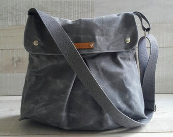 Grey Waxed Canvas Messenger Bag, Modular Messenger Bag in GRAY Waxed Canvas, Laptop Bag, Diaper Bag, Travel Bag, flap, long strap waxed bag