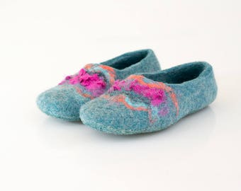 Turquoise slippers Women gift House shoes Handmade slippers Felted wool slippers Mother slippers Woolen clogs Home shoes Gift for her