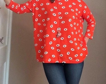 READY TO SHIP - Sunday West - One-Size Orange Rayon Bamboo Flowy Boatneck Tunic Top Daisy Daisies