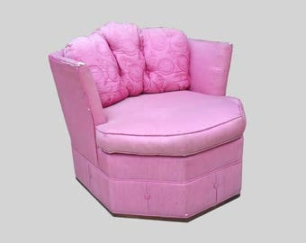 HOLLYWOOD REGENCY pink geometric swivel club chairs