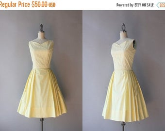 STOREWIDE SALE 1960s Dress / Vintage 60s Lace and Cotton Pleated Sweetheart Dress / Sunshine Yellow 1960s Party Dress