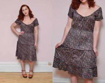 Vintage 70s Off Shoulder Burgundy Brown Floral Print BOHEMIAN // Peasant Ruffle Dress - Size S M L