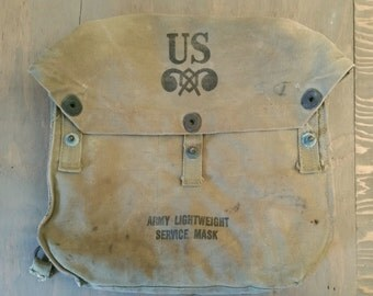 Vintage WW II or Later U.S. Army Chemical Corps Gas Mask Bag, Army Lightweight Service Mask Bag