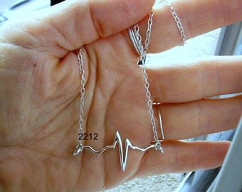 Stering Silver heart beat charm, heart rate charm, ekg charm, ecg charm, medical charm,cardio charm, cardiologist, heart