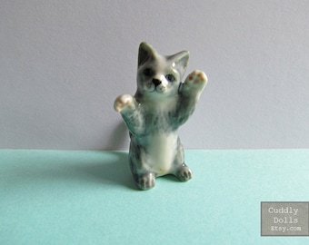 Cat,Kitty,Kitten,Small Pets,Miniatures,Ceramic Animal,Figurine,Collectible,Cat Porcelain,Cat figruine,Cat Ceramic Home Decor Gifts