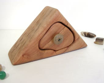 Coastal Maple Box, Mandala, clay knob, wedding gift, 5th wedding anniversary, keepsake box, wood anniversary, jewelry box, wood drawer