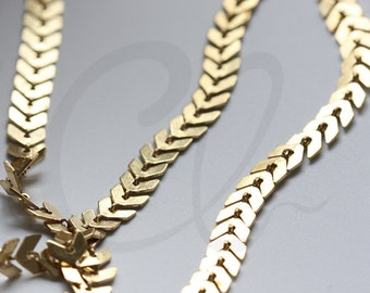 One Foot Raw Brass Chain-Arrow 5.9x5.5mm (3371C)