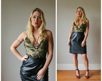1990s Brass Plum Leather Skirt >>> Size Small