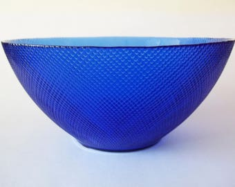 Arcoroc Sapphire Cobalt Blue Large Salad / Serving Bowl, France 1970s