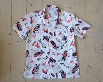 1980s Novelty Print Men's Golf Button Down Cotton Shirt Size XL Red White & Blue