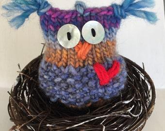 Sammmy the Owl Hand-knit