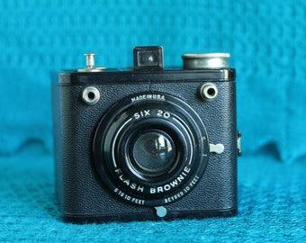 Kodak Six-20 Flash Brownie