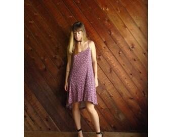25% off Flash Sale . . . Ditsy Floral Fishtail Hem Mini Dress - Vintage 90s - M L
