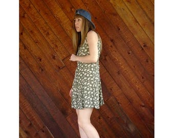 25% off Flash Sale . . . Sage Floral Grunge Mini Festival Dress - Vintage 90s - XS/S