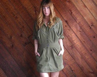 extra 30% off sale . . . Army Green Mini Shirt Dress with Zippers - Vintage 80s - SMALL S 2 4
