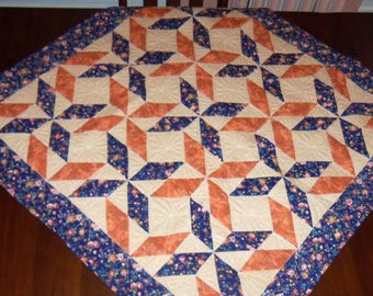 Lap Quilt, Quilted Table Topper,Table Runner, Fabric Wall Hanging, Machine Quilted, 42x42 Inches, Spinning Stars, Dining Table Decor