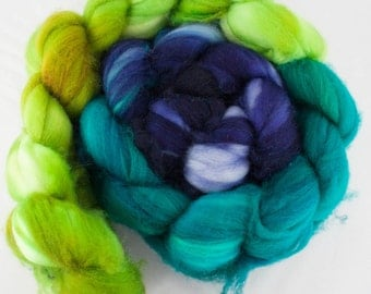 Turtle Pond - Superwash Merino Wool Roving 4oz