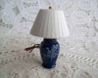 Miniature, hand made, one inch scale, Porcelain lamp with silk shade, 12 volt light.