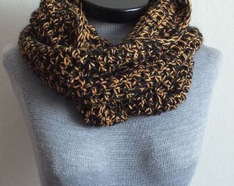 418 - Black and Bronze Cowl