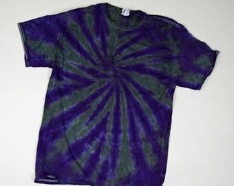 Gray and Deep Purple Blast Tie Dye T-Shirt  (Fruit of the Loom Heavy Cotton HD Size L) (One of a Kind)